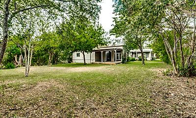 322 Sprucewood Ln, 2