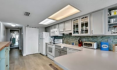 Kitchen, 411 1st St S 204, 0
