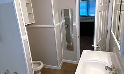 Bathroom, 2714 Dean Ave, 2