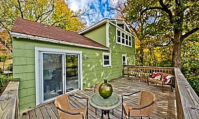 Patio / Deck, 525 N Assembly Dr, 0