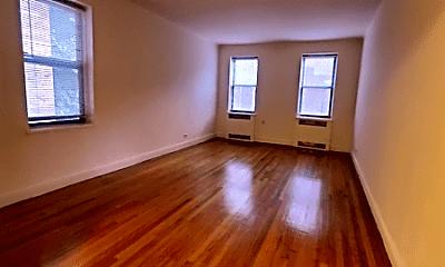 Living Room, 9440 Queens Blvd, 1