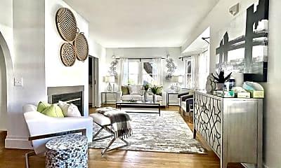Living Room, 2306 Parker St, 1