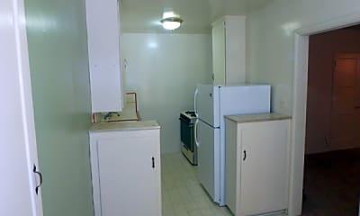 Kitchen.jpg, 1600 E Broadway, 2