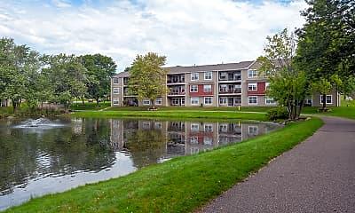 Parkers Lake Apartments, 1