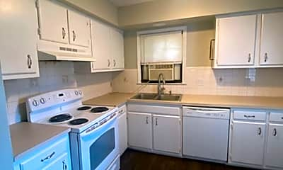 Kitchen, 3600 Laredo Dr, 1