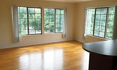 Living Room, 302 S Cedar St, 0