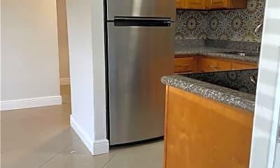 Kitchen, 814 NE 14th Pl, 0