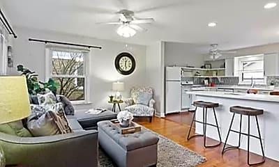 Living Room, 4342 Washington St, 1