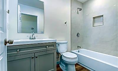 Bathroom, 14925 Friar St, 1