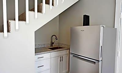 Kitchen, 443 Maluniu Ave, 1