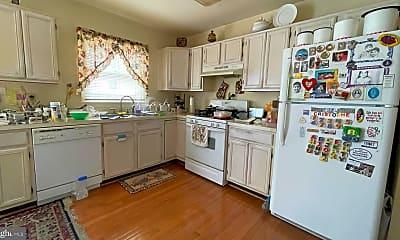 Kitchen, 14720 Grobie Pond Ln, 1