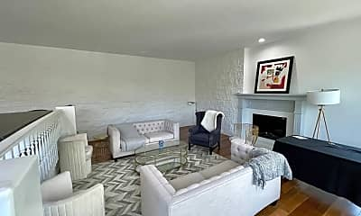 Living Room, 9665 Heather Rd, 0