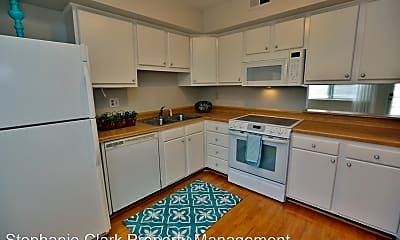 Kitchen, 785 Biltmore Dr, 1