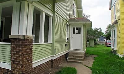 Living Room, 310 2nd St SW, 2