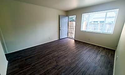 Living Room, 528 Vermont St NE, 0