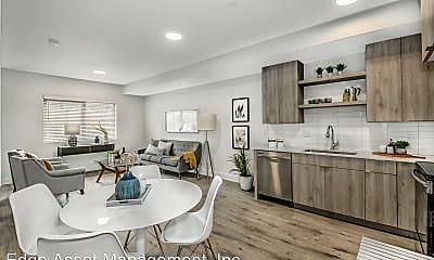 Living Room, 475 NE 74th Ave, 1