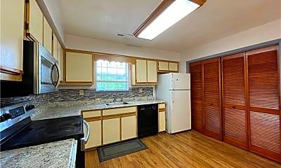 Kitchen, 5031 S Cape Henry Ave, 1