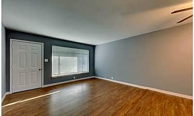 Living Room, 615 Edgebrook Ln, 0