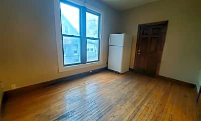 Living Room, 319 N 1st St, 1