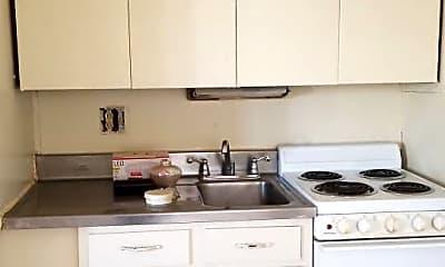 Kitchen, 1418 Selkirk Rd, 0