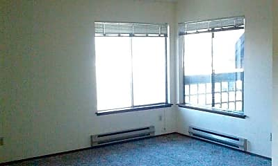 Living Room, 2000 W Lincoln Ave, 1