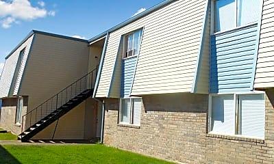 Oak Leaf Garden Apartments, 1