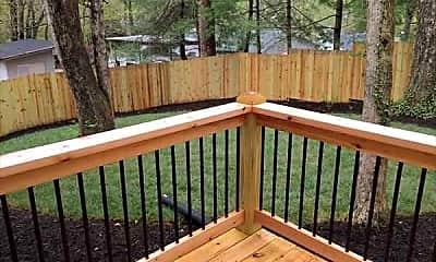 Patio / Deck, 104 Appalachian Way, 2