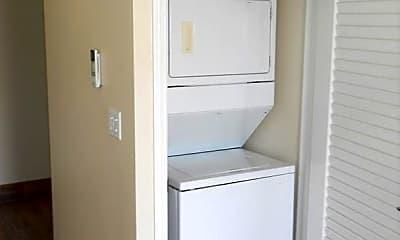 Bathroom, 250 Walnut Dr, 2