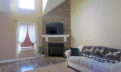 Living Room, 547 Falkland Cir, 1