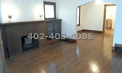 Living Room, 4427 Leavenworth St, 0