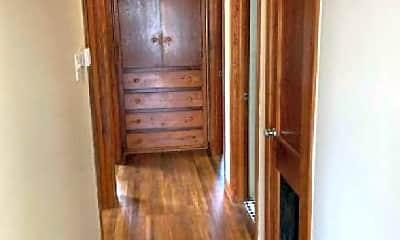 Living Room, 1003 Cogbill St, 2