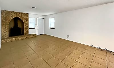 Living Room, 4101 N Grimes St, 1