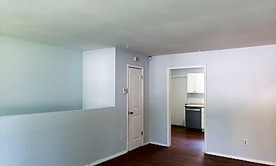 Living Room, 4127 W Pine St, 1
