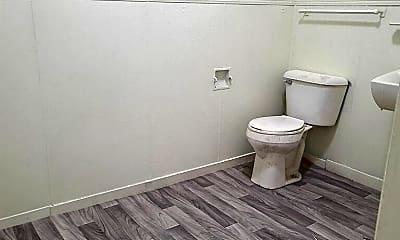 Bathroom, 415 E Gilbert St, 1