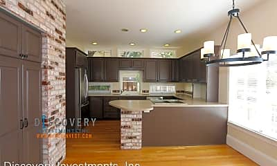 Kitchen, 1028 Hollywood Ave, 2