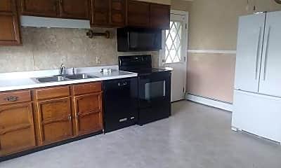 Kitchen, 62 Maplewood Ave, 1