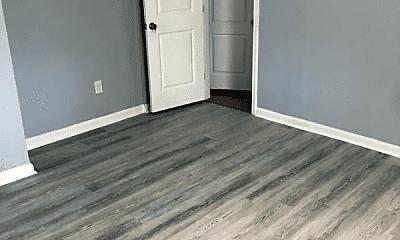 Bedroom, 511 Beaumont Ave, 2