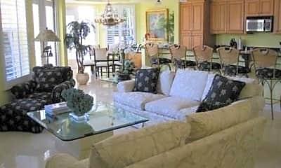 Living Room, 484 3rd Ave S, 2