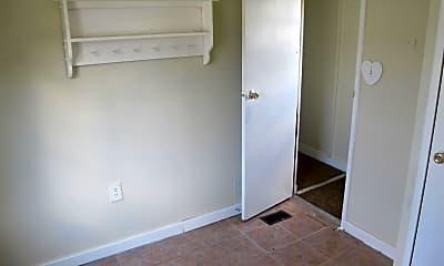 Bedroom, 2076 N Main St, 2