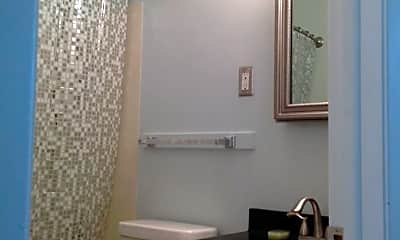 Bathroom, 620 16th Street East #1-5, 1