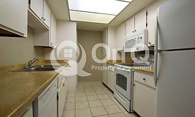Kitchen, 10444 N 69th St, 1