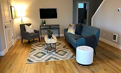 Living Room, 436 NE Stafford St, 0