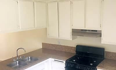 Kitchen, Lakewood Gardens Apartments, 2
