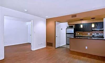 Kitchen, 7685 Northcross Dr 306, 0