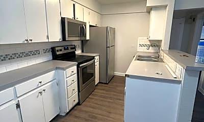 Kitchen, 7304 Twin Crest Dr, 1