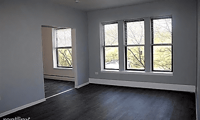Living Room, 6806 S Dorchester Ave, 1