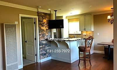 Kitchen, 1039 Bayview Ave, 1