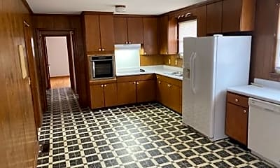 Kitchen, 4255 Roy Cole Rd, 1
