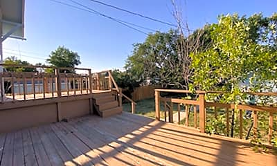 Patio / Deck, 609 6th Ave N, 2