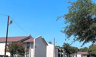 Raible Place Apartments, 0
